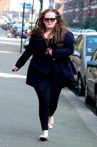 Adele's Baby Bump and Bond Rumor. : ThyBlackMan.com