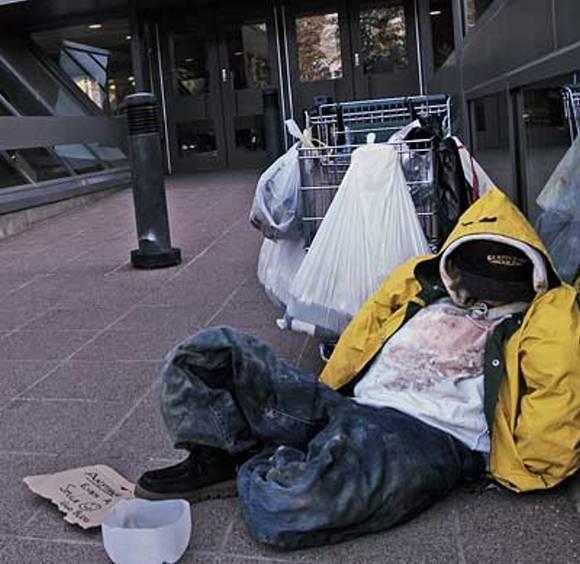 homelessness-america-PoorPeople.jpg