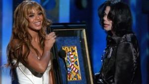 Has Queen Beyonce Surpassed Michael Jackson in terms of popularity in their peak eras?