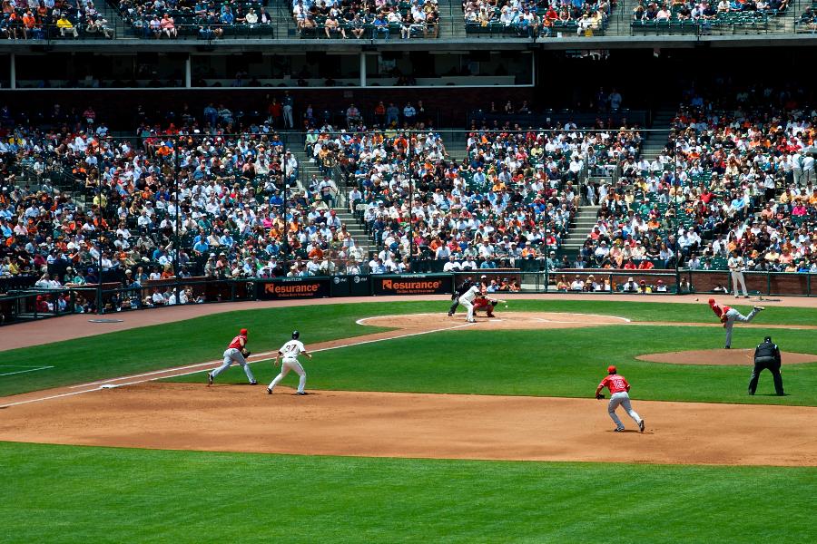 Cameron Diaz topless photos from 1999 magazine shoot surface How to shoot baseball photos