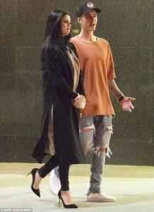 Selena Gomez, Justin Bieber break up, back together update for the stans.