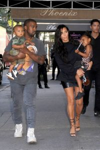 2016kim-kardashian-and-kanye-west-with-kids-north-and-saint-west