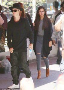Selena Gomez, Justin Bieber break up, back together after