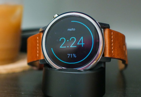 Motorola 360 2nd Gen Smartwatch to Get Android Wear 2.0 Update Anytime Soon.